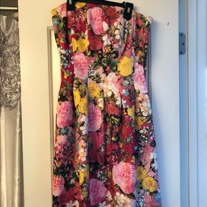 Strapless Dress with Pockets (Floral)